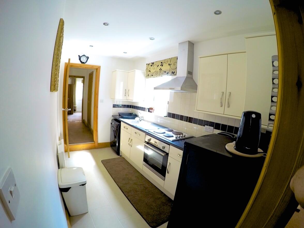 Kitchen-wade-house-flat-1