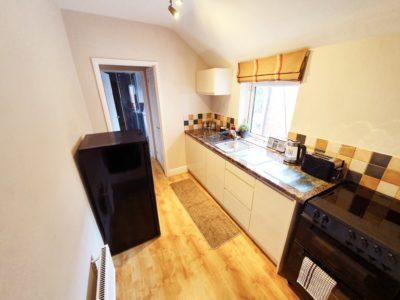 Flat-2-kitchen-wade-house